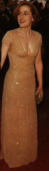 Gillian Anderson pic loading...