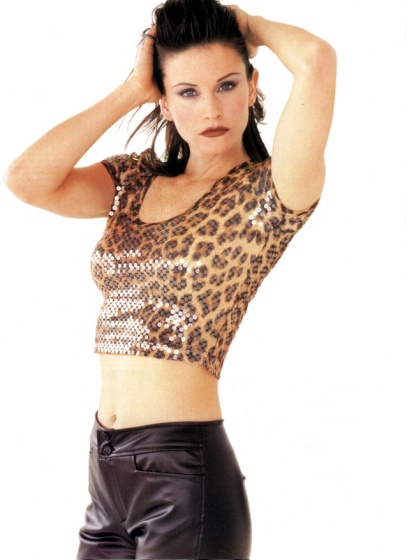 Courteney Cox pic loading...